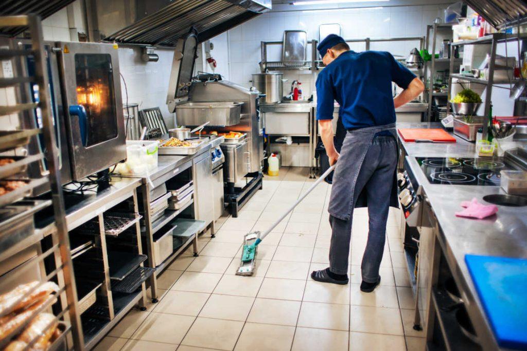 La limpieza en un restaurante es fundamental para que los clientes repitan