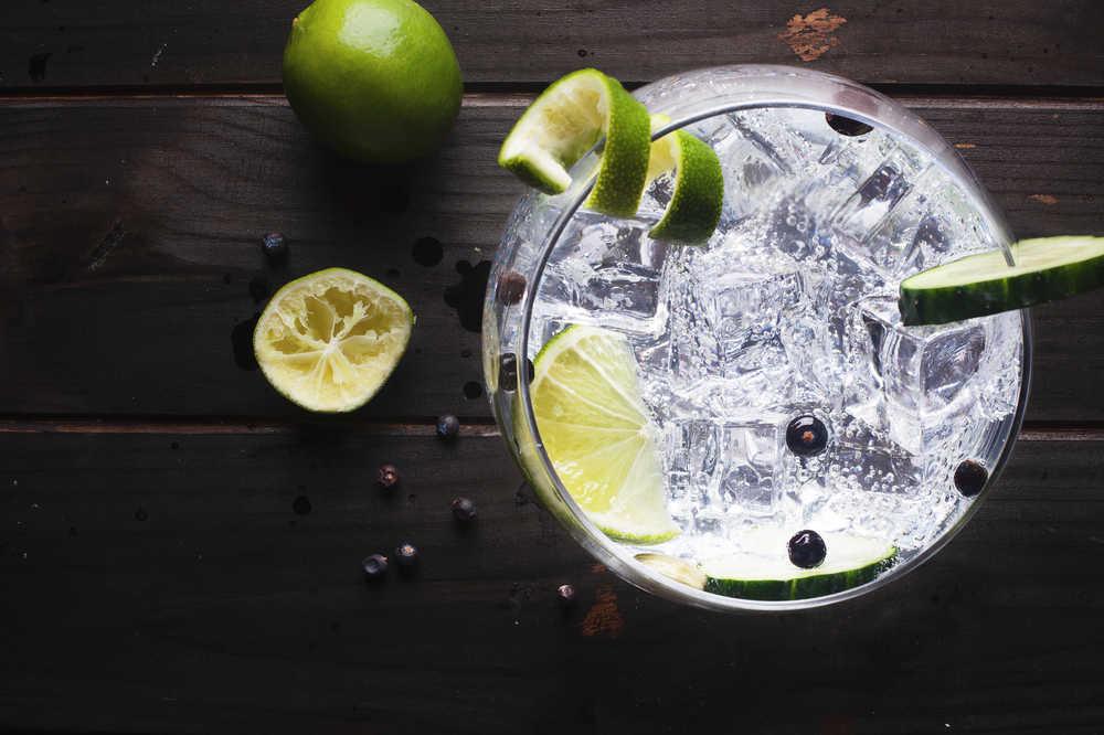 ¿Por qué el gin tonic se ha puesto de moda?
