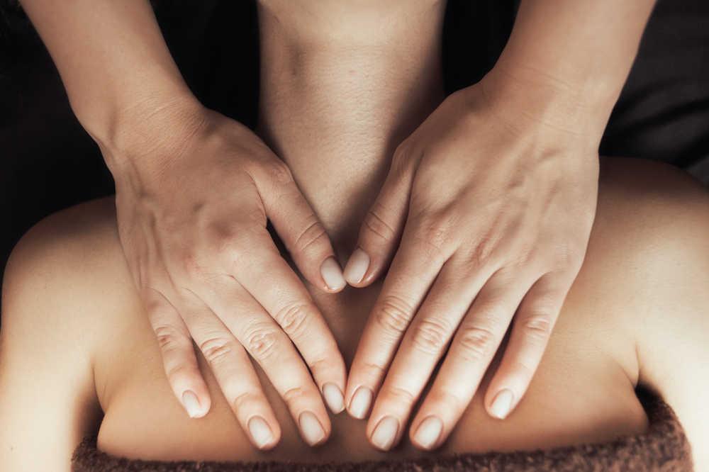 El placer detrás de los masajes tántricos